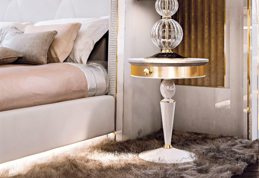 Faoma Bedside Table