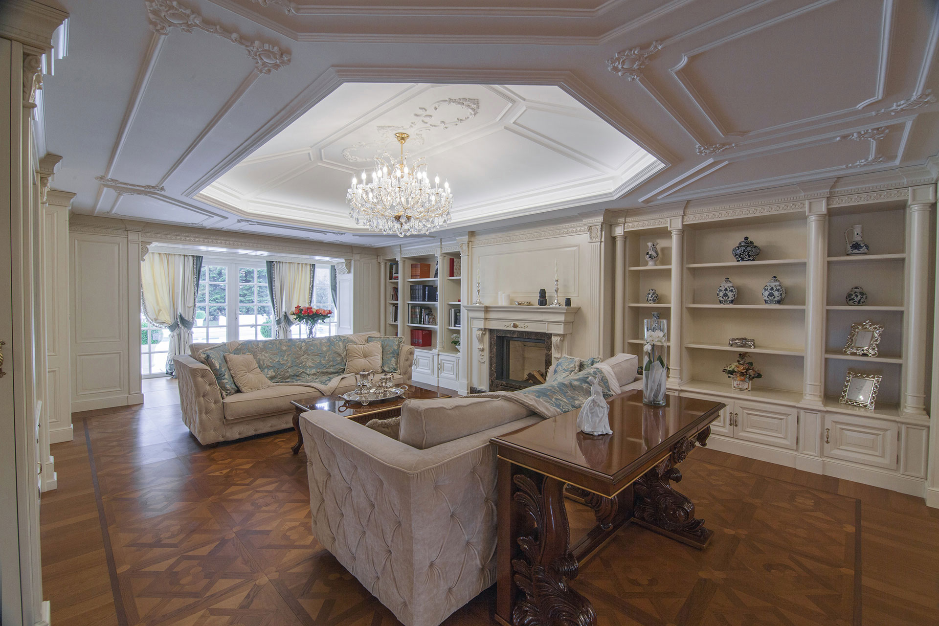 Faoma bespoke classic luxury living room